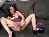 hannah quinn fucks herself webcam