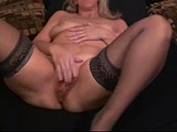 jesse cougar spreads pussy and plays with ass webcam