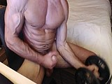 lifting weights and jacking off webcam